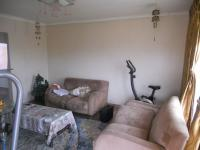Lounges - 22 square meters of property in Ladysmith