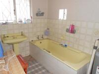Bathroom 2 - 8 square meters of property in Three Rivers