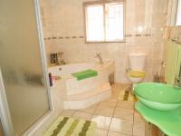 Bathroom 2 - 10 square meters of property in Lenasia South