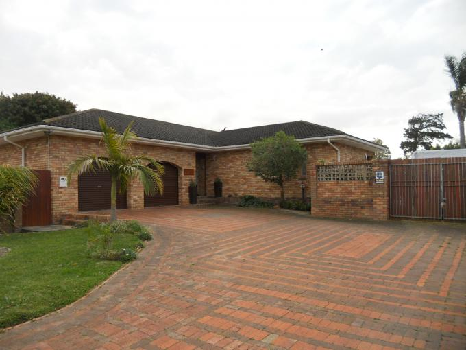 4 Bedroom House For Sale in Port Elizabeth Central - Private Sale - MR115701