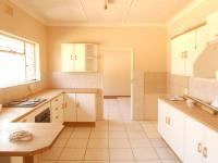 Kitchen - 20 square meters of property in Klerksdorp