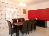 Dining Room - 17 square meters of property in Ennerdale