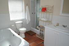 Bathroom 1 of property in Somerset West