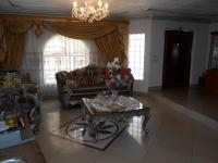 Lounges - 25 square meters of property in Alberton