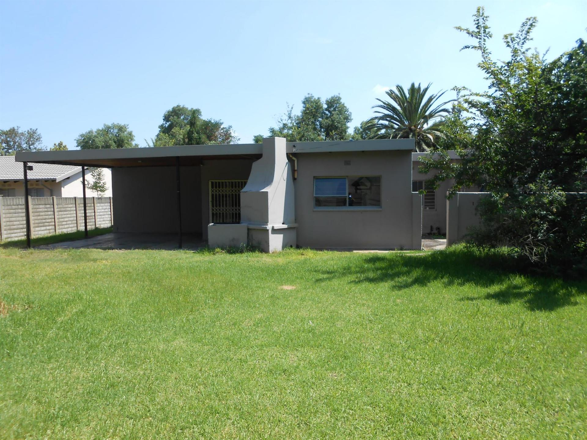 Backyard of property in Vaalpark