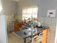Kitchen - 8 square meters of property in Villieria