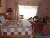Main Bedroom - 33 square meters of property in Emalahleni (Witbank)