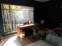Bed Room 2 - 17 square meters of property in Emalahleni (Witbank)