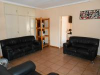 Lounges - 85 square meters of property in Emalahleni (Witbank)
