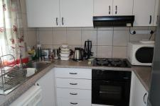 Kitchen - 9 square meters of property in Durbanville