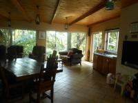 Lounges - 150 square meters of property in Annlin