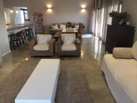 Lounges - 25 square meters of property in Lanseria