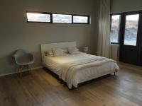 Main Bedroom - 23 square meters of property in Lanseria