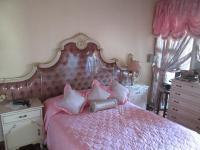 Main Bedroom - 25 square meters of property in Daveyton