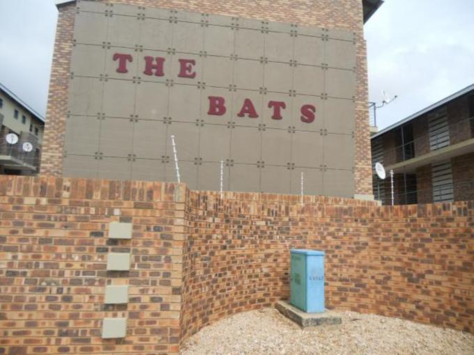 1 Bedroom Apartment For Sale in Potchefstroom - Private Sale - MR115890