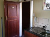 Kitchen - 10 square meters of property in Bailey's Muckleneuk