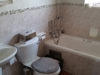 Bathroom 1 - 3 square meters of property in Rietvalleirand