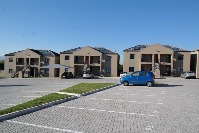 2 Bedroom Apartment for Sale For Sale in Bellville - Private Sale - MR115931