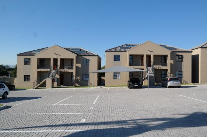 2 Bedroom Apartment for Sale For Sale in Bellville - Private Sale - MR115933