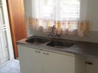 Kitchen - 22 square meters of property in Fontainebleau