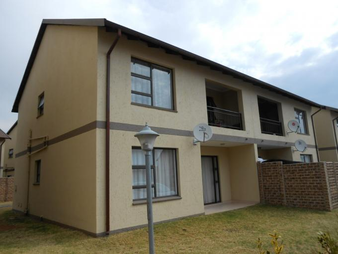 2 Bedroom Apartment for Sale For Sale in Parkrand - Home Sell - MR116016