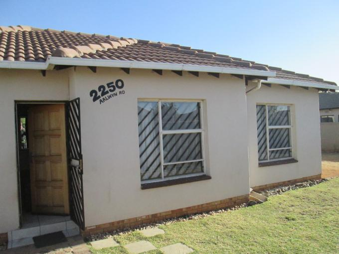 Standard Bank EasySell 3 Bedroom House for Sale For Sale in Riverlea - JHB - MR116042