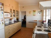 Kitchen - 28 square meters of property in Rembrandt Ridge