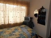 Bed Room 1 - 9 square meters of property in Theresapark
