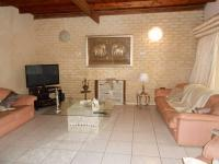 Lounges - 47 square meters of property in Kempton Park