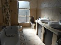 Bathroom 2 - 12 square meters of property in Kempton Park