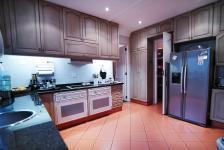 Kitchen - 25 square meters of property in Silver Lakes Golf Estate