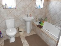 Main Bathroom - 5 square meters of property in Vanderbijlpark