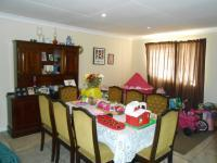Dining Room - 29 square meters of property in Mnandi AH