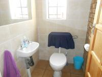 Bathroom 1 - 2 square meters of property in Mnandi AH