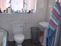 Main Bathroom - 12 square meters of property in Mnandi AH