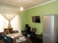 Bed Room 2 - 14 square meters of property in Windsor