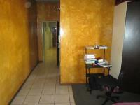 Lounges - 14 square meters of property in Braamfontein