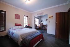 Bed Room 2 - 29 square meters of property in Silver Lakes Golf Estate