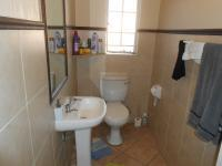 Main Bathroom - 5 square meters of property in Centurion Central (Verwoerdburg Stad)