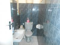 Bathroom 1 - 8 square meters of property in Montana