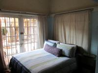 Bed Room 1 - 10 square meters of property in Bellevue