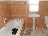 Main Bathroom - 6 square meters of property in Newton Park