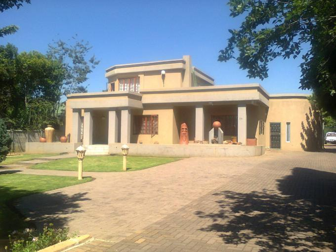 Absa Bank Trust Property House For Sale in Vereeniging - MR116303