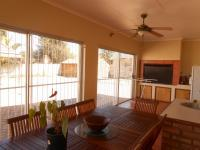 Patio - 24 square meters of property in Helikon Park