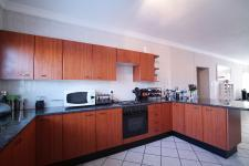 Kitchen - 24 square meters of property in Silver Lakes Golf Estate