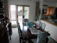 Dining Room - 10 square meters of property in Umtentweni