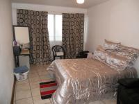 Main Bedroom - 14 square meters of property in Durban Central