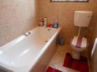 Main Bathroom - 3 square meters of property in Noordwyk