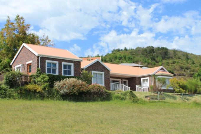 2 Bedroom House for Sale For Sale in Knysna - Home Sell - MR116528