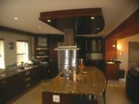 Kitchen of property in Bassonia